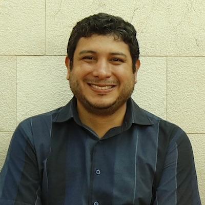 The maker Guillermo Doylet Larrea