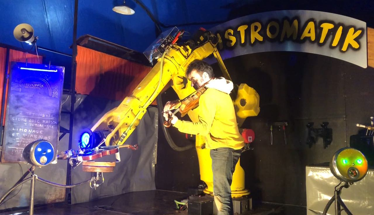 Recycling of a violinist industrial robot