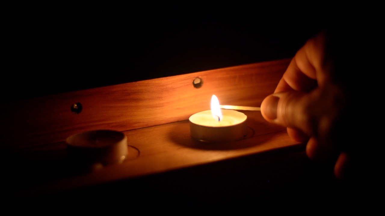 a candle-based instrument